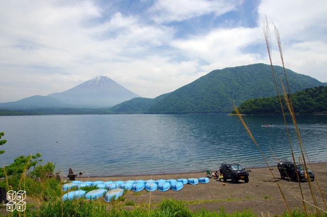 04.湖畔キャンプ.jpg